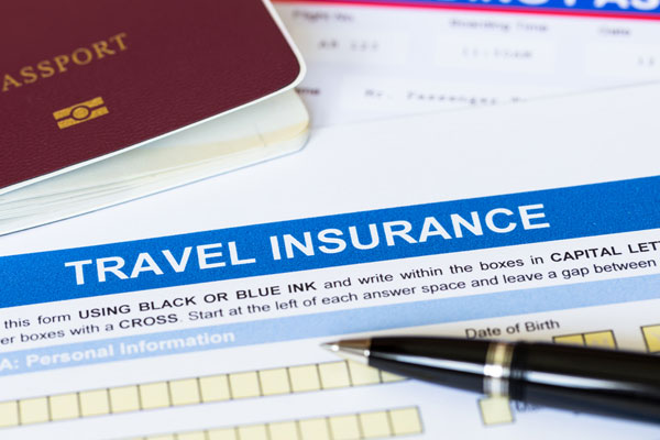 Quarter of holidaymakers 'buy travel insurance at airport'