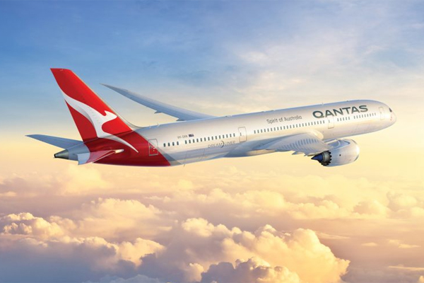 Qantas weighs up non-stop London-Sydney flights
